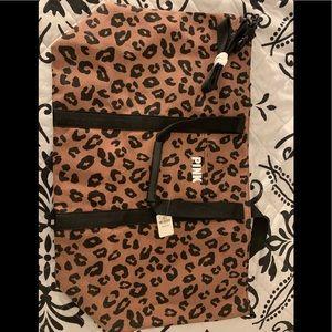BRAND NEW VS leopard bag